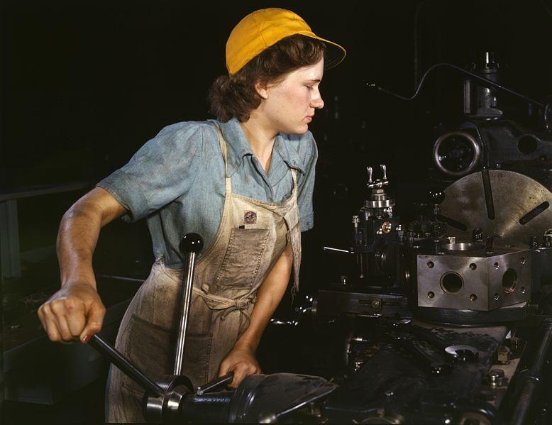 778pxwomanfactory1940s_8